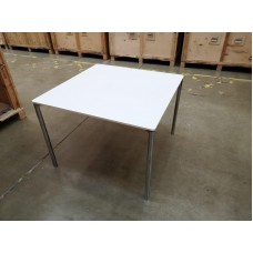 Fritz Hansen Plano Square table